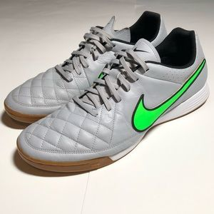 Nike Tiempo Leather Shoe